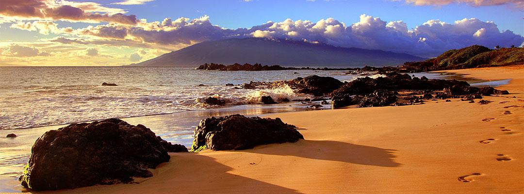 Beautiful Kamole lll Beach