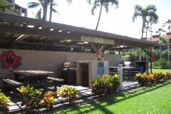 Kamaole Sands resort has 16 gas BBQ grills in 5 different locations